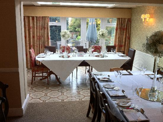 The Old Hall Hotel: Restaurant