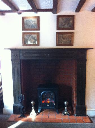 The Old Hall Hotel: Bar Fireplace