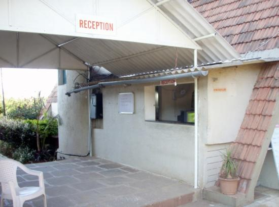 Savshanti Lake Resort: Reception