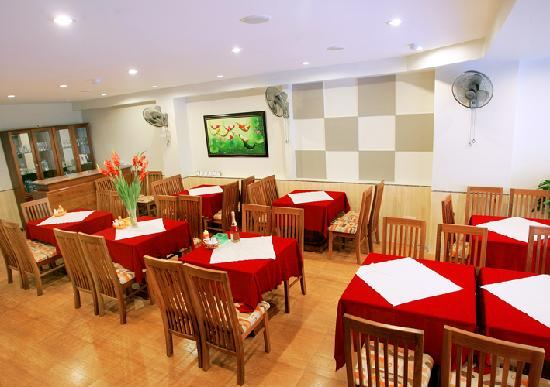 Golden Sea Hotel: Restaurant