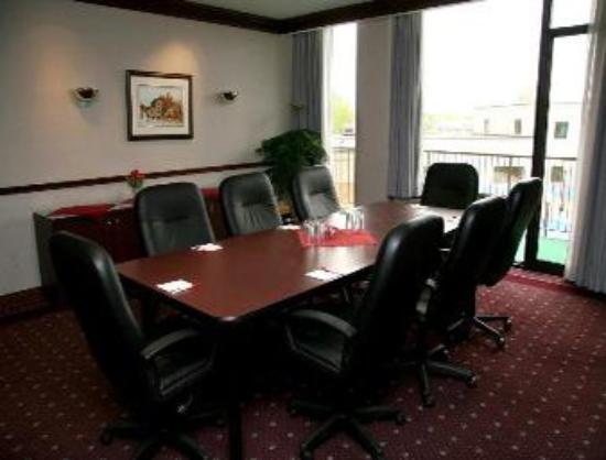 Travelodge Hotel Belleville: Boardroom