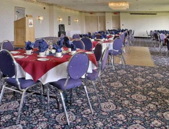 Travelodge Hotel Belleville: Banquet Room