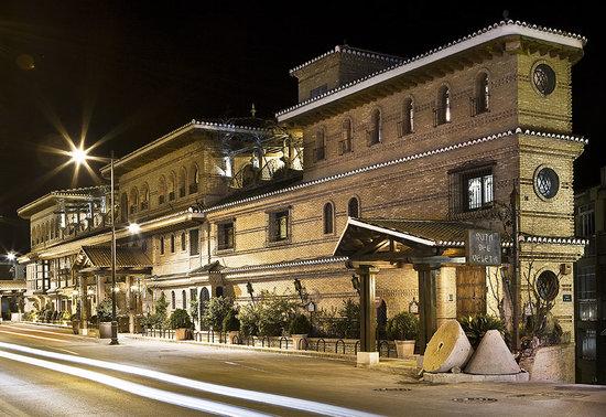 Cenes de la Vega, España: Fachada principal