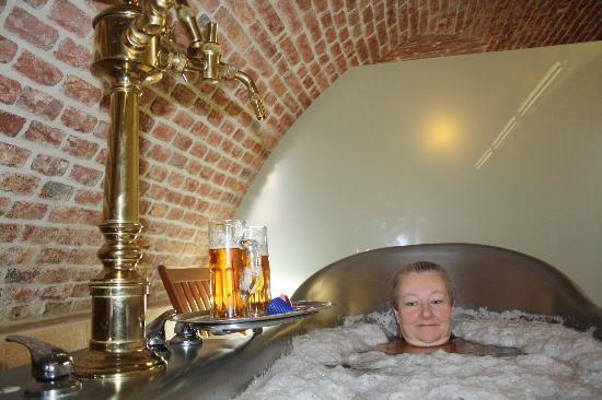 Hotel U Sladka: Bier bath
