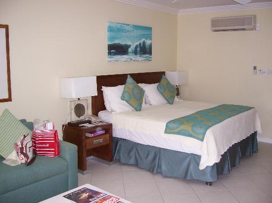 Turtle Beach by Elegant Hotels: Our room - overlooking the pool and gardens