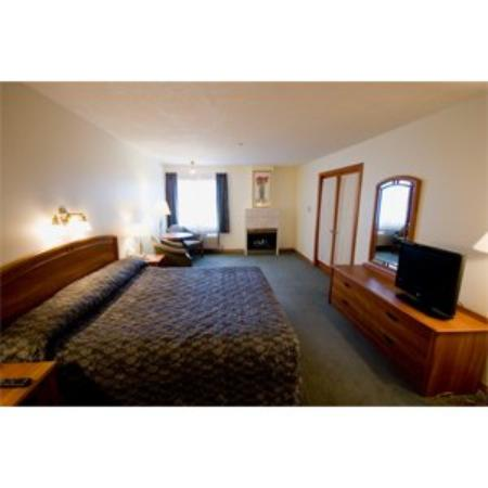 The Grand Hotel Nanaimo: Guest Room
