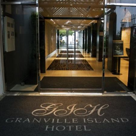 Granville Island Hotel : Lobby
