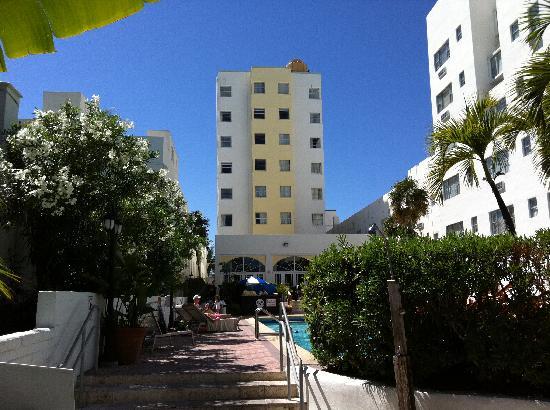 Marseilles Hotel: Marseille fra haven