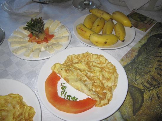 Hostal Casa Yohn : une partie du petit-déjeuner