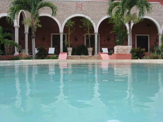 Hacienda Sacnicte: pool