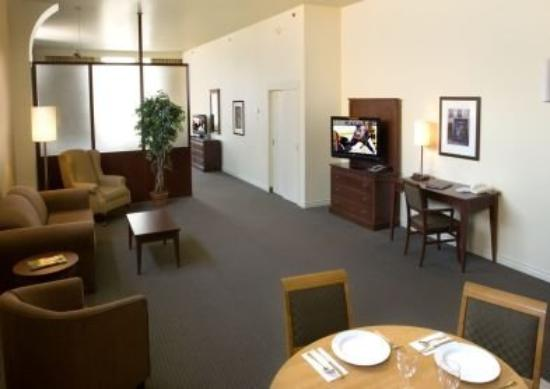 Le Square Phillips Hotel & Suites : Deluxe Junior Suite King