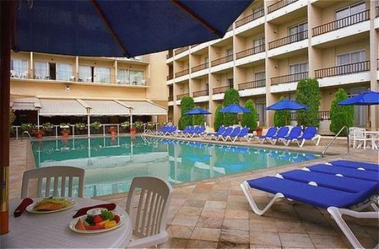 Coast Capri Hotel Updated 2018 Prices Reviews Kelowna Okanagan Valley Tripadvisor