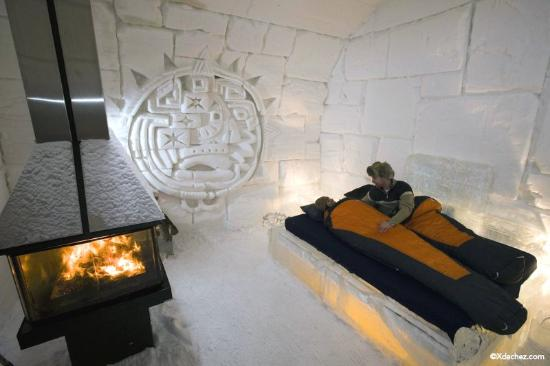 Hotel de Glace: Suite avec foyer/Theme suites with fireplace