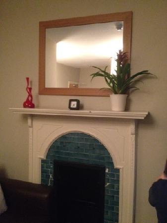 Amherst Brighton: Original features tastefully highlighted in Room 5