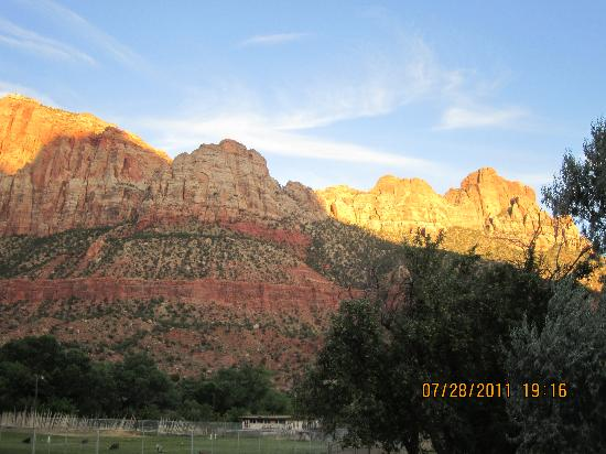 Bumbleberry Inn: View of the Watchman from Bumbleberry