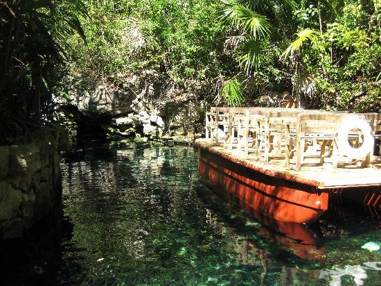 Xcaret Eco Theme Park: rio del silencio
