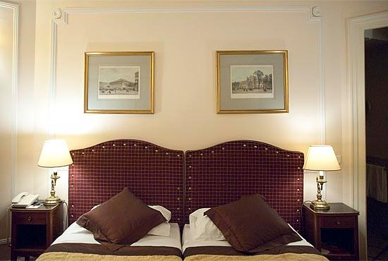 Hotel Lotti Paris: Standard Double Room