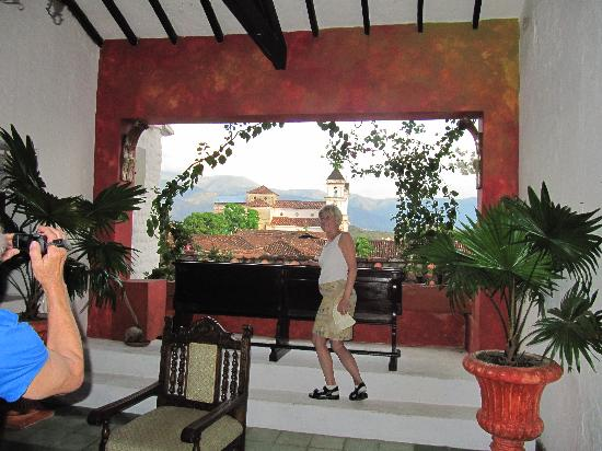 Hotel Mariscal Robledo: vista balcone