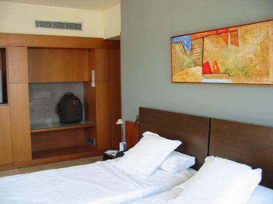 Gran Hotel Torre Catalunya: Habitación