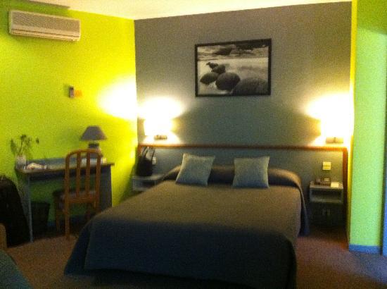 Inter-Hotel Le Gambetta : chambre double