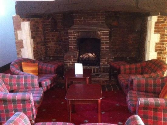 هاوفيلد مانور هوتل: The Lounge area
