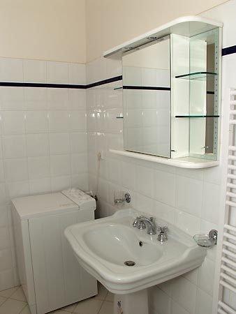 VINOH Hotel & Residence: Bathroom