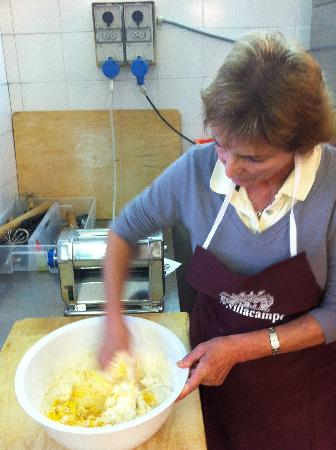 Villa Campestri Olive Oil Resort: Making Tortelli di Patate, a typical Mugello dish