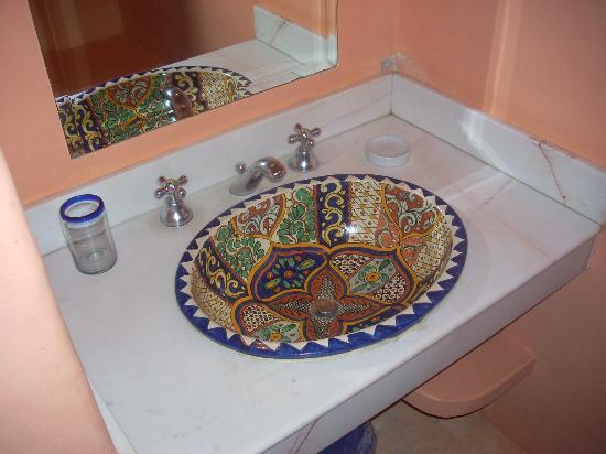 Hotel Medio Mundo: bagno