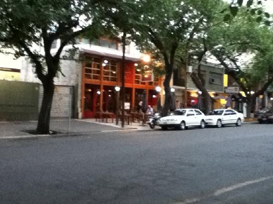 Restaurant Tommaso Trattoria: View from across the street