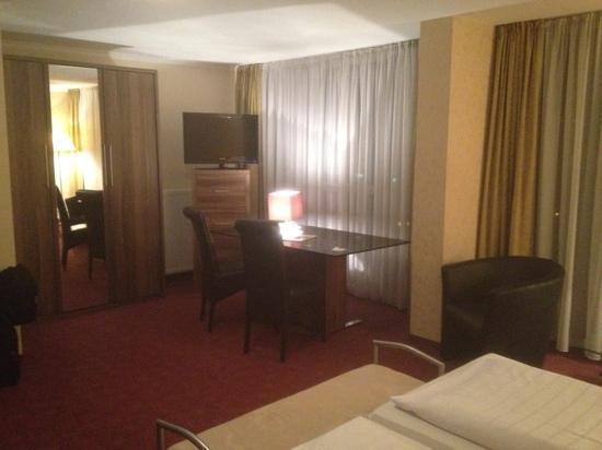 Panorama Hotel am Rosengarten: Zimmer