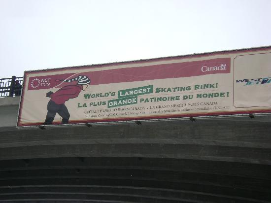Rideau Canal: Commercial banner