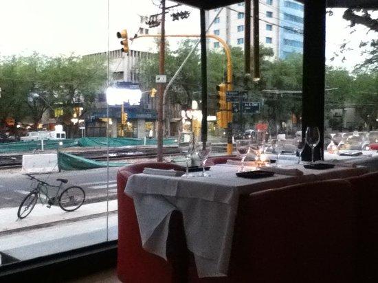 SushiClub Mendoza Centro: View to Belgrano avenue