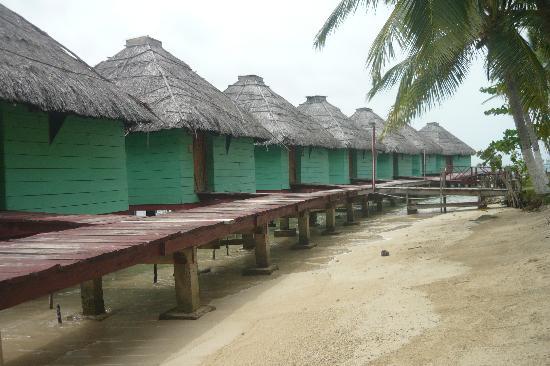 akwadup lodge sand beach