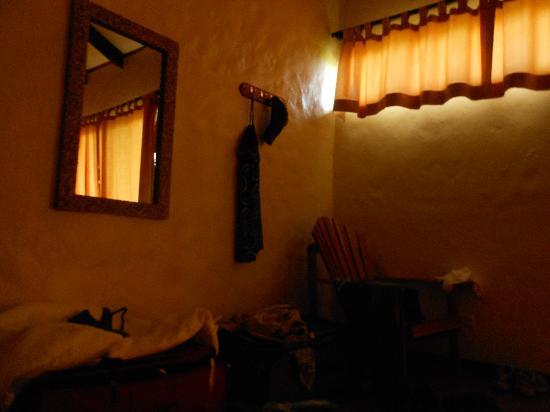 Hotel Iguanazul: The corner of our rom