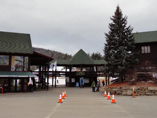 Gunstock Mountain Resort: Entering Gunstock