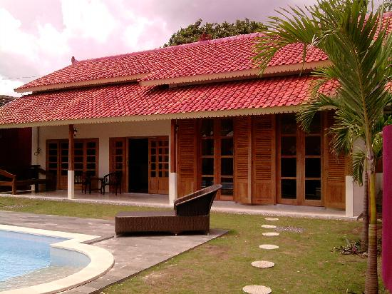 Villa Pondok Terra Yogyakarta: Villa Diamond: Tropical welcome