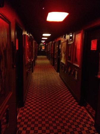 Artisan Hotel : Hallway