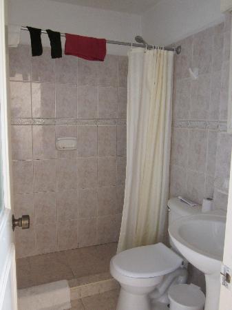 Hotel Dos Mares: nice new bathroom