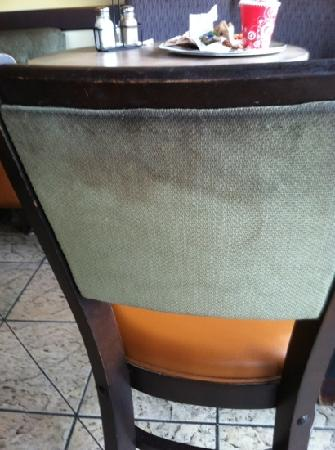 Cosi: soiled chair - one of many