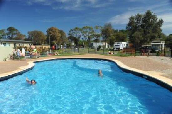 Nrma eastern beach holiday park prices campground - Victoria park swimming pool price ...