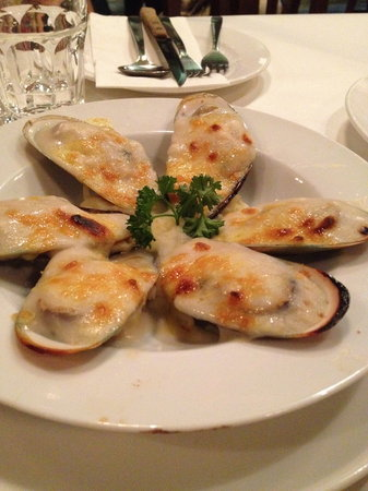 The Lobsterman: NZ Baked mussels