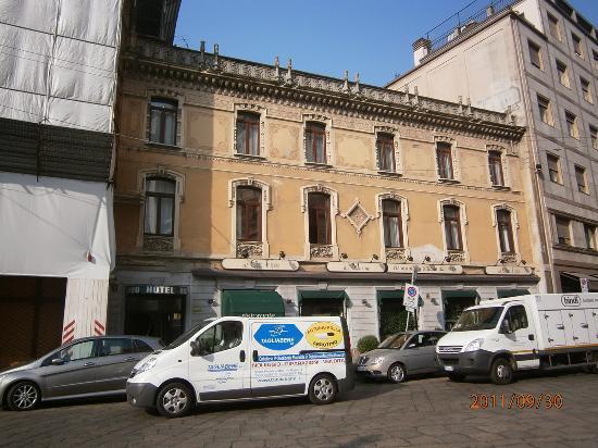 Hotel Nuovo - facade - Milan Sep 30 2011