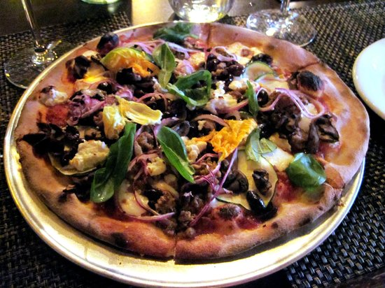 Blue Ribbon Artisan Pizzeria : Squash blossom pizza of the day