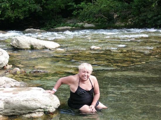 Hotel Nututun Palenque: río fresco