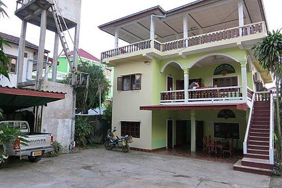 Photo of Dok Khoun 1 Guest House Vang Vieng