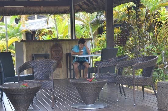 Village de Santo Resort: relaxing in the chiefs bar