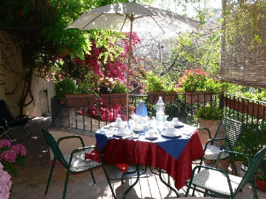 Inn The Garden: The balcony