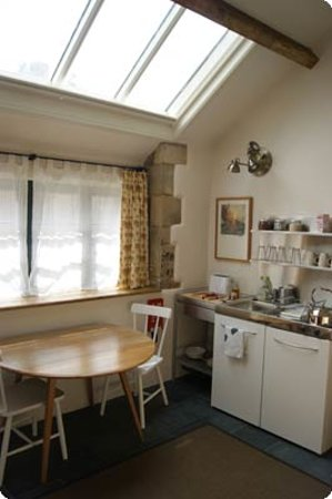 T's B&Bs: Room 2 kitchenette