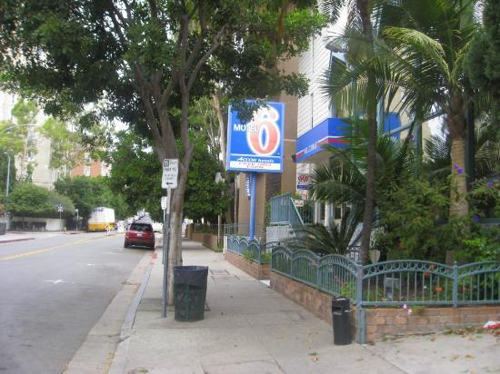 Motel 6 Los Angeles - Hollywood: Motel 6 Hollywood exterior