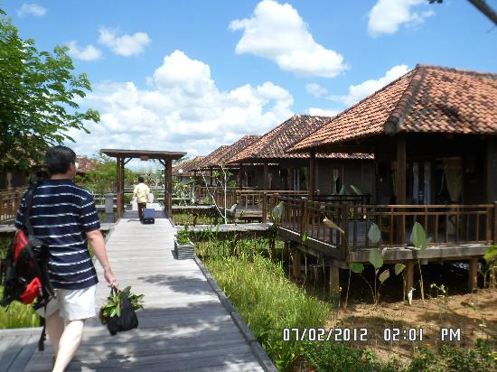 The Villas Picture Of Gardenia Resort And Spa Pontianak